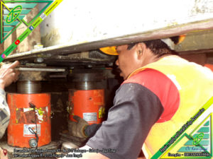 Jacking Up & Penggantian Elastomer Jembatan